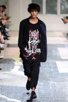 Yohji Yamamoto Spring-Summer 2018 | Paris Fashion Week