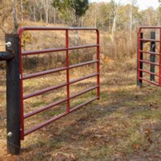 How to Hang a Farm Gate/Fence: 11 Steps .