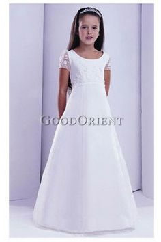 First Holy Communion dress in white, with very delicate lace ...