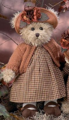 Amazing Home Sewing Crafts Ideas. Incredible Home Sewing Crafts Ideas. My Teddy Bear, Vintage Teddy Bears, Cute Teddy Bears, Love Bear, Big Bear, Build A Bear Outfits, Tartan, Teddy Bear Pictures, Teddy Bear Clothes