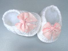 Baby Shoes Girl Baby Booties Crochet  Newborn Baby Girl Shoes Knitted Infant Booty Toddler Shoes Crochet Baby Shoes Handmade Baby Gift     http://www.etsy.com/listing/151791067/baby-shoes-girl-baby-booties-crochet?ref=sr_gallery_29_search_query=baby+girl+shoes_view_type=gallery_ship_to=US_page=6_search_type=all