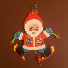 Holz-Wandfigur des Tages / 1970er GROSSMANN Weihnachtsmann…   Flickr Jumping Jacks, Princess Peach, Christmas Ornaments, Holiday Decor, Photos, Character, Art, Dwarf, Santa Clause