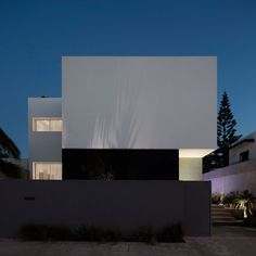 Two Modern Mansions on Sunset Plaza Drive in LA by Ameen Ayoub Design Studio