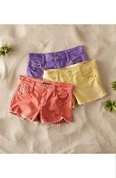 Casual & colorful. Pastel denim shorts.