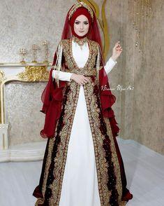 Muslim Fashion, Modest Fashion, Hijab Fashion, Fashion Dresses, Beautiful Hijab, Beautiful Dresses, Turkish Wedding Dress, White Summer Outfits, Fantasy Gowns