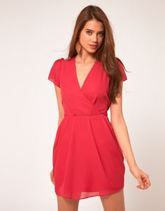 Discover the latest dresses with ASOS. From party, midi, long sleeved and maxi dresses to going out dresses. Shop from thousands of dresses with ASOS. Tulip Skirt, Tulip Dress, Dress Skirt, Going Out Dresses, Dresses For Work, Summer Dresses, Summer Suits, V Neck Dress, Dress Me Up