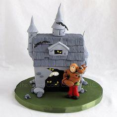 Scooby Doo Haunted House (by maimerbaker (The Great Cake Company))