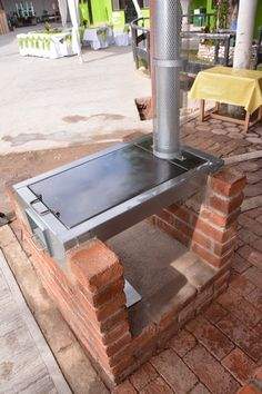 Rocket Stove Design, Camping Wood Stove, Brick Bbq, Kitchen Oven, Wood Fired Oven, Grill Design, Rocket Stoves, Fire Pit Backyard, Outdoor Living