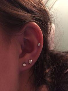 Ear Piercing Ideas For Women Ear Piercing . - Ear Piercing Ideas for Women Ear Piercing Ideas for Women Guys Ear Piercings, Double Ear Piercings, Ear Piercings Cartilage, Cartilage Earrings, Double Cartilage, Tongue Piercings, Tragus, Auricle Piercing, Ear Peircings