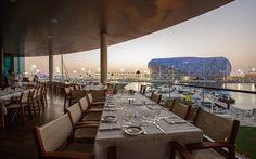 ideo Kuma cordless lamps for Cipriani restaurant Yas island Abu Dhabi #cipriani #cordless #lamps #yasisland