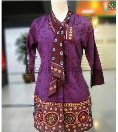 Image result for motif batik seragam kantor Blouse Batik, Batik Dress, Blouse Dress, Batik Fashion, Hijab Fashion, Fashion Outfits, Womens Fashion, Mode Batik, Hijab Stile