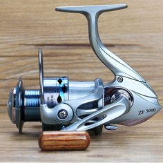 Fishing Reel 12+1BB Gapless Fishing Reels wood handle spinning wheel Metal Spool Lure Fishing Rock Pescaria Reel Molinete Pesca