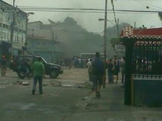 "19 de mar. de 2014 / ""#19M #RUBIO #Táchira ESTÁN MASACRANDO AL PUEBLO CON TIROS DE FUSIL! #SOSVENEZUELA"""
