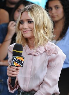 Olsens Anonymous Blog Ashley Olsen Pretty In Pink Interview Long Wavy Bob Haircut Lipgloss Bow Neck Blouse Event photo Olsens-Anonymous-Blog-Ashley-Olsen-Pretty-In-Pink-Interview-Long-Wavy-Bob-Haircut-Lipgloss-Bow-Neck-Blouse.jpg