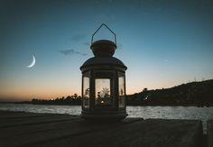 Gerçekleri kabul etmeye ve büyük dönüşüme hazır mısınız ? Yılın ilk yeni ayı 13 Ocak'ta, Oğlak burcunun 23 derecesinde ve sabah saat 08.00 de doğuyor. 1. Evde olacak yeni ay, Plüton kavuşumlu olduğundan, büyük dönüşümlerden bir daha eskisi gibi olamayacak yeni bir süreçten bahsedebilirim. Yeni Photography Guide, Photography For Beginners, Sunset Photography, Landscape Photography, Digital Photography, Better Photography, Photography Equipment, Photography Tutorials, Nikon D5200