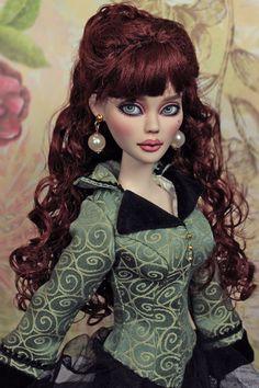 Princess + Frog doll repaints (http://princess-frog-repaints.blogspot.com)