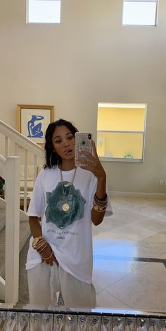 Best Picture For urban fashion streetwear dope outfits For Your Taste You are looking for something, Tomboy Outfits, Chill Outfits, Outfit Jeans, Tomboy Fashion, Swag Outfits, Dope Outfits, Retro Outfits, Fashion Killa, Streetwear Fashion