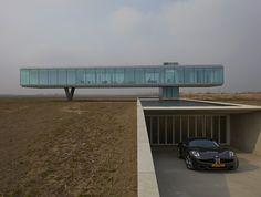 Grâce à sa soucieuse de l'écologie Villa Kogelhof, l'architecte Néerlandais Paul De Ruiter a gagné le prix d'architecture ARC13. Paul De Ruiter a accordé la technologie de manière innovante, visant à renforcer le développement durable comme faisant partie intégrante de l'architecture de cette villa. Ainsi, Villa Kogelhof est une entreprise privée, énergétique maison située sur …