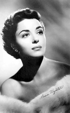 Hollywood Icons, Old Hollywood Glamour, Vintage Glamour, Vintage Hollywood, Classic Hollywood, Famous Photos, Famous Faces, Fox Actress, English Actresses