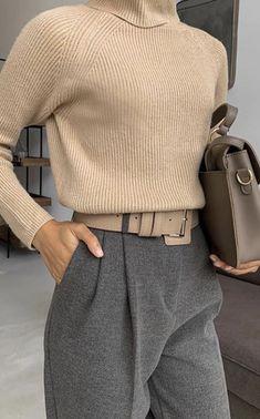 25 REVOLVE CLOTHING PICKS [NOVEMBER 2020] Winter Fashion Outfits, Work Fashion, Fashion 2020, Fall Outfits, Fashion Ideas, Office Fashion Women, Fashion Edgy, Fashion Clothes, Korean Fashion