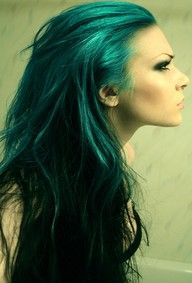turquoise hair....this is the perfect shade that will work with my skintone