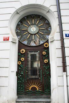 Jugendstil Tür mit Sonnenblumen Glasmalerei Uhr #door #style #old