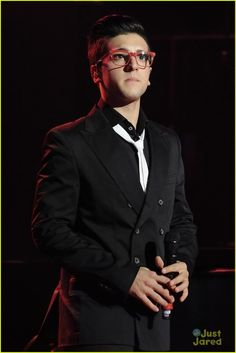 Piero. Il Volo. Such a voice