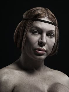 Mr Toledano : A new kind of beauty-Gina