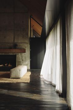 T.D.C: Forest House by Fearon Hay | Styling by Amelia Homes & photography by…
