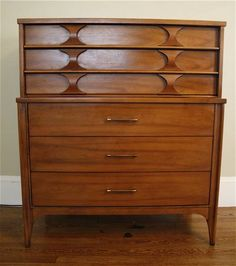 I have this exact dresser in my master bedroom.  I would love to find other matching pieces!