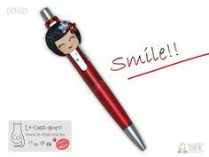 Sonríe!! Feliz Viernes!! #smile #lechatnoir #chata #original #regalo #sonrisa https://artesanio.com/le-chat-noir-hecho-a-mano/boli-n-serie-d060+106587