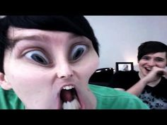 ▶ THE PHOTO BOOTH CHALLENGE - YouTube Danisnotonfire Guys. I don't know If I've ever laughed this hard. I'm dying.