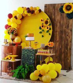 Preciosas ideas para fiestas con girasoles | Tarjetas Imprimibles Sunflower Birthday Parties, Sunflower Party, Sunflower Baby Showers, Baby Shower Parties, Baby Shower Themes, Baby Shower Decorations, Balloon Decorations, Birthday Party Decorations, Party Themes