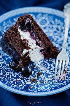 Mini - torcik czekoladowy z wiśniami Fun Desserts, Dessert Recipes, Creme Brulee, Trifle, Cheesecakes, Cake Cookies, Parfait, Mousse, Panna Cotta