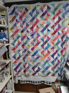 17 Ideas Sewing Quilts Blocks Charm Pack For 2019 Scrappy Quilts, Easy Quilts, Mini Quilts, Paper Pieced Quilt Patterns, Easy Quilt Patterns, Block Patterns, Half Square Triangle Quilts Pattern, Square Quilt, Quilting Projects