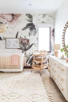 Danielle K. White Nursery RevealBECKI OWENS Related posts:Modern Grey, Navy and White Baby Boy Nursery - love this look!The Creative Circle, No Bee Penney Elephant Baby Nursery 6 Piece Crib Bedding Set Baby Bedroom, Baby Room Decor, Nursery Room, Nursery Decor, Girl Nursery Rugs, Baby Girl Nusery, Baby Nursery Ideas For Girl, Baby Baby, Twin Baby Rooms