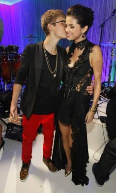 Selena Gomez and Justin Bieber Justin Bieber Selena Gomez, Estilo Selena Gomez, Justin Bieber And Selena, Selena Gomez Boyfriend, Love Will Remember, Love U Forever, Love U So Much, Famous Couples, Couple Pictures