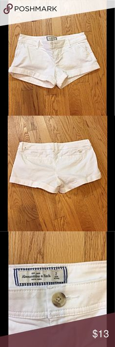 "Abercrombie and Fitch white shorts Abercrombie and Fitch white shorts.  98% cotton, 2% spandex. 2 1/2"" inseam Abercrombie & Fitch Shorts"
