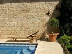 Plaqueta de fachaleta de hormigón / de exteriores / interior / aspecto piedra - TRAVERTINO ARENADO - Verniprens