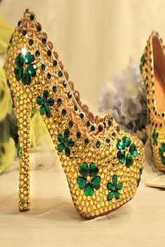 Good Images Bridal Shoes green Style There are various facts this enter finalizing your big day look—your current hair do, your makeup, Platform Bridal Shoes, Bridal Shoes Wedges, Women's Pumps, Shoes Heels, Davids Bridal Shoes, Rhinestone Shoes, Bride Shoes, Green Wedding Shoes, Party Shoes