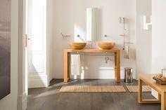 Le essenze ed i colori del #bamboo naturale, regalano un tocco etnico al tuo #bagno, trasformandolo con atmosfere calde e solari. @lineabeta -  www.gasparinionline.it - #design #madeinitaly #interiorstyling #homestyle #interiors #lavabo #mobilebagno #arredo