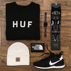 Quasar _ Featuring: Huf Nixon Stance Nike The North Face Carhartt _ Disponibili in store e online su @graffitishop www.graffitishop.it _ Spectrum Store via Felice Casati 29 Milano / spectrumstore.com / tel. 39 02 67071408 / #spectrumstore #graffitishop #causeitsyourworld #streetwear #graffiti #milano #sneakers #sneaker #snapback #kicks #trainers #spectrum #casatiblock #outfit #fashionblogger #blogger