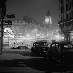 La Tour de l'Horloge à la Gare de Lyon, Paris, 1956.