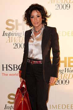 Nancy Dell'Olio Photos - SHE Inspiring Women Awards 2009 - Zimbio Tracey Emin, London Fashion Week Mens, Satin Blouses, Beautiful Blouses, Celebs, Celebrities, Silk Satin, Night Gown, Awards