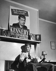 1946 [Candidate for Congress, John Kennedy, 29 sitting under campaign poster, next to photos of his parents a room at the Bellevue Hotel during his campaign for MA-Rep for the district] John Kennedy, Les Kennedy, Caroline Kennedy, Lee Radziwill, Jack Kirby, Young Jfk, Young Young, Dc Vibe, Bellevue Hotel