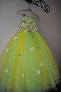 Hey, I found this really awesome Etsy listing at https://www.etsy.com/no-en/listing/210480544/adult-tutu-dress-yellow-green-tutu-dress