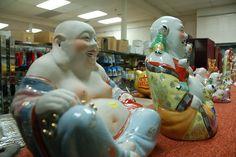 Ming's Supermarket: Porcelain Buddha statuettes