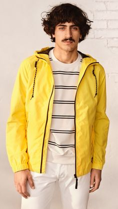 Spring is approaching the season where we long for lightweight layers. Check out our windbreakers bomber jackets & more now at H&M Man! Latest Mens Fashion, Fashion Online, H M Man, Gift Guide For Him, Rainy Season, Bomber Jackets, Casual Street Style, Windbreaker, Layers