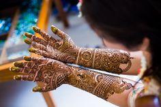 Bridal Mehendi with Gold Glitter | Sneha + Rubin | Indian Wedding Blog | Think Shaadi
