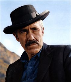 Jason Robards as Doc Holliday in Hour of the Gun, director John Sturges' second retelling of the Earp-Holliday story. Four Movie, Movie Tv, Hollywood Actor, Classic Hollywood, Jason Robards Jr, Derby, Doc Holliday, Photo Vintage, Tv Westerns